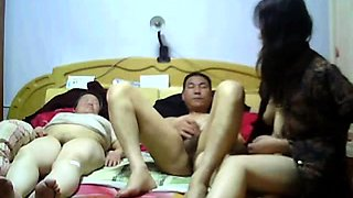Chinese threesome (P3)