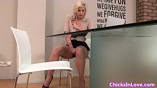 Real eurobabe masturbating in her office