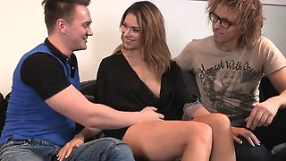 Skint stud lets foxy mate to penetrate his exgf for dollars