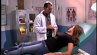 Fake tits model juicy pussy licked by horny doctor
