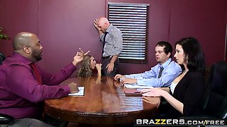 Brazzers - Big Tits at Work - Nicole Aniston