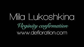 Innocent redhead babe Mila Lukoshkina fondles her untouched muff