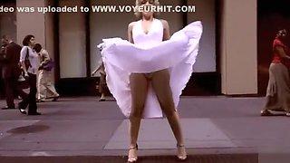 Marilyn Monroe lookalike in street upskirt video