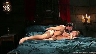 Attractive blonde hoe Carter Cruise fucks Manuel Ferrara in bedroom