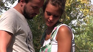 Sexy Naomi Bennet likes to suck a long stiff dick outdoors