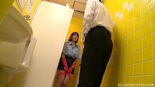 Maid Oda Shiori sucks a customer dry in the toilet