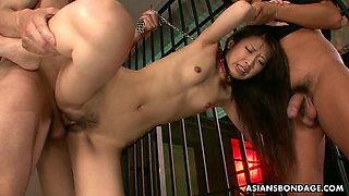 Threesome for the Asian cock gobbler who loves the rough stuff