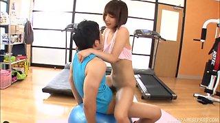 Brunette Japanese babe Ayami Shunka sucks and rides cock at the gym