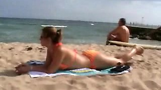 A cute lady picked up from the beach for a great fuck session