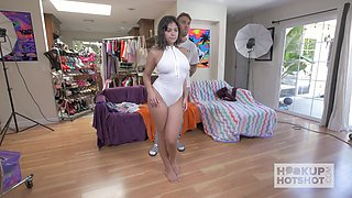 Slutty babe Violet Starr tries on different outfits and pisses in the bowl