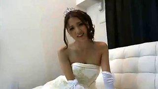 Ayaka tomoda wedding dress sex