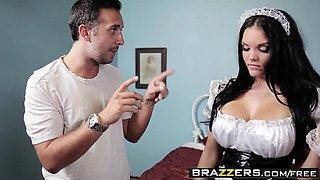 Brazzers - Big Tits In Uniform - Mackenzee Pi