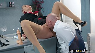 Boss ryan keely gets pussy dildoed and licked on the desk