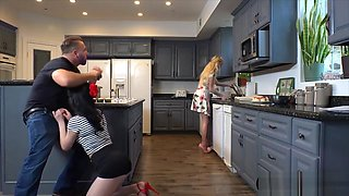 I Was Horny So I Fucked My Gfs Stepsis In The Kitchen