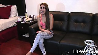 Sensual oriental chick Ariana moans loud