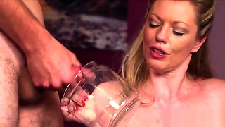 Horny babe gets sperm shot on her face eating all the load
