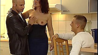 MUTTIS GANZER STOLZ (2005) (GERMAN MATURES)
