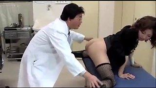 Japanese slut wife fucked with husband&#39s doctor