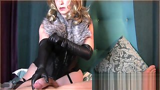 Mistress T in fur...leather gloves