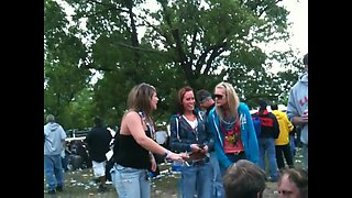 CS Rockfest 2011 concert at the flashing tits