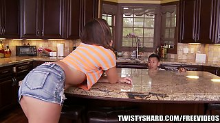 Horny housewife Rilynn Rae fucks a plumber on the kitchen counter