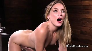squirting solo babe fucking machine