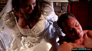 Bigtitted bride plowed and sprayed with jizz