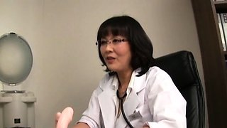 Japanese nurse gives a steamy oral and gets a mouthful