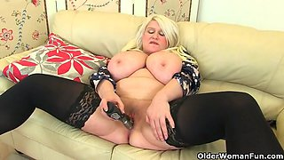 next door milfs from the uk part 18