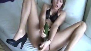 Amateur - enthusiastic mature double cucumber insertion
