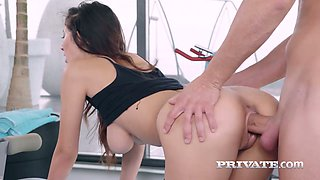 Stunning sporty Hungarian beauty Darce Lee wanna be fucked doggy