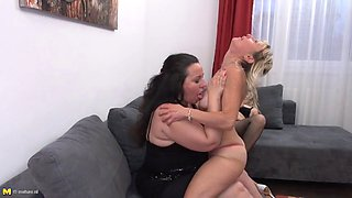 Moms daughters boundless lesbian love