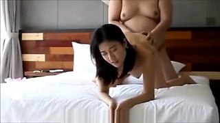 Pinay Secretary Gets Fucked By Ugly Fat Boss