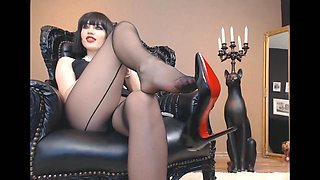 Mistress Heels JOI and Dildo suck instructions