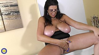 Huge oily natural tits on a brunette MILF secretary Lulu