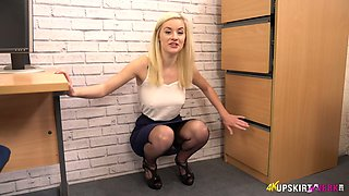 Steamy upskirt xxx video of lovely looking blond head Gracie