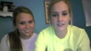 Fun College Girls Play On Omegle