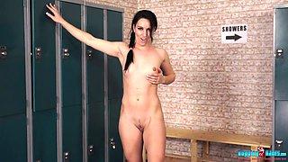 Slutty sport chick Jasmine Lau shows striptease in the locker room