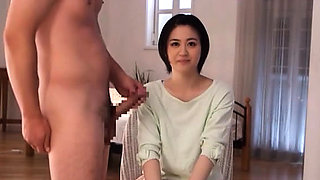 Japanese hottie widens wide and gets finger drilled hard