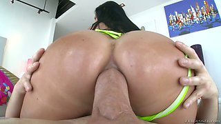 Jasmine Jae's crazy anus is impaled on super big hard penis