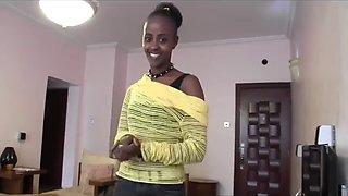 African queen gettin it