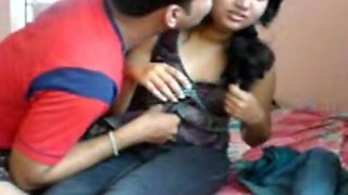 Dark-haired amateur fuck in her Indian pussy