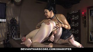 Devianthardcore dom femme dominates her male pet