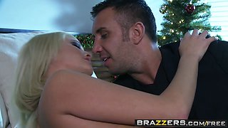 Brazzers - Real Wife Stories - Jessica Nyx Keiran Lee - The Ghost of Christmas Ass