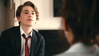 Frankie Shaw - SMILF (S01E02)