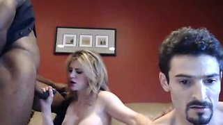 Big breasted cheating bitch sucked BBC in front of webcam next to her cuckold