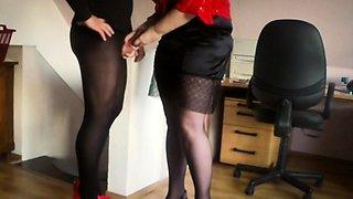 Pantyhosed mature guy in high heels receives a nice handjob