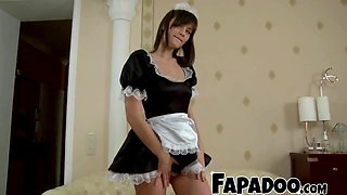 INNOCENT SLIM CHICK GAPED AND ANALIZED!