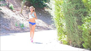 Hottie goes joggin' and then shows off her amazing body