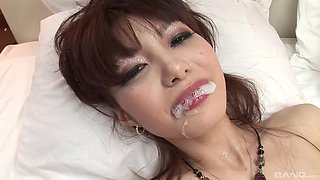Extreme hardcore pussy abuse and cum in mouth of Japanese MILF